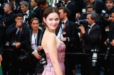 Emilia Schüle in Cannes